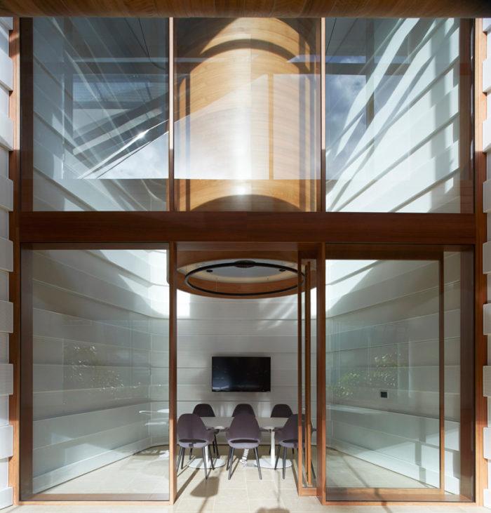 银行保险公司办公室设计:澳大利亚麦地那保险银行