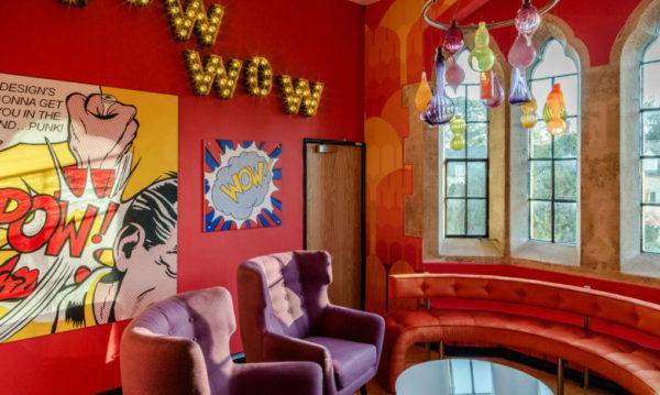 城堡主题风格办公室设计:英国理财网站公司总部