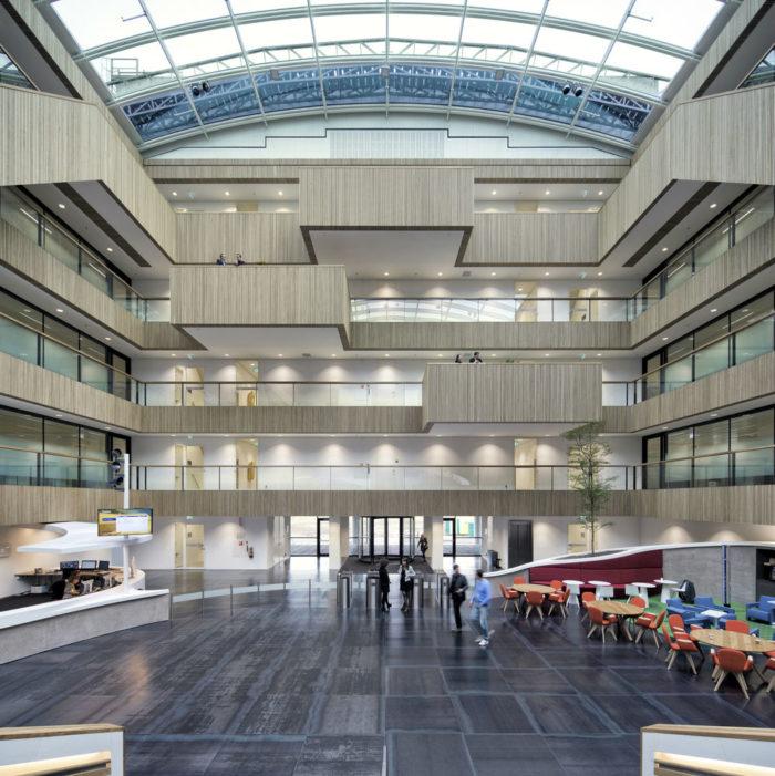 建筑工程公司集团办公室设计:荷兰Fluor