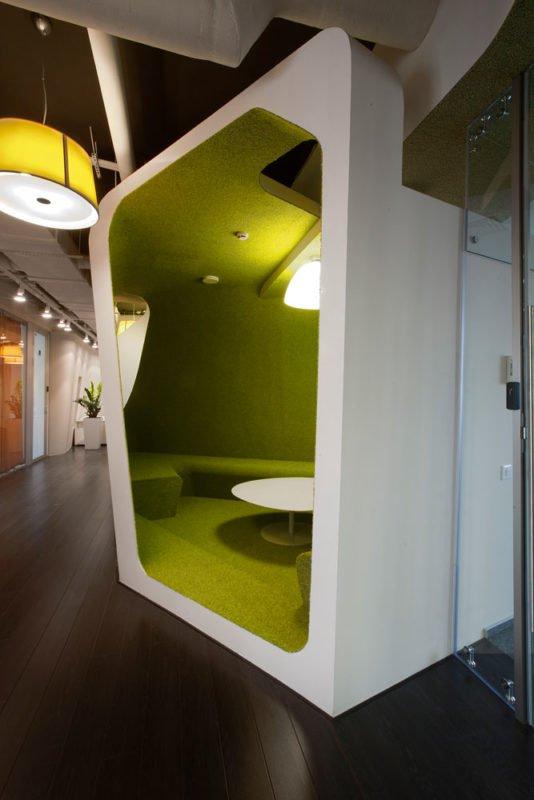 通讯公司办公室设计:Yandex是最有效率但又好玩的空间