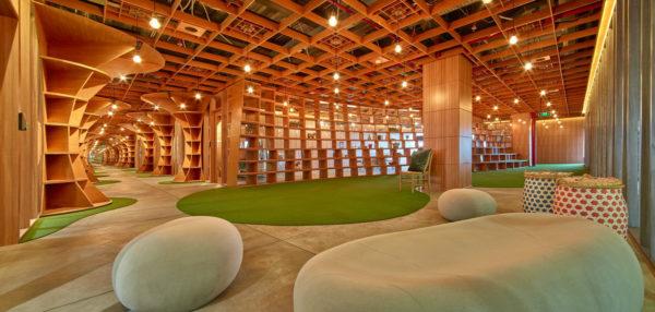 创意主题集团办公室设计:印度胶合板制造公司