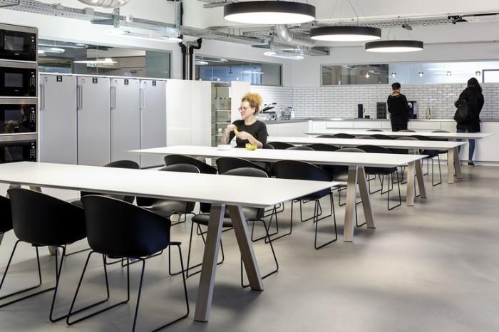 高科技公司极简风格办公室食堂设计效果图