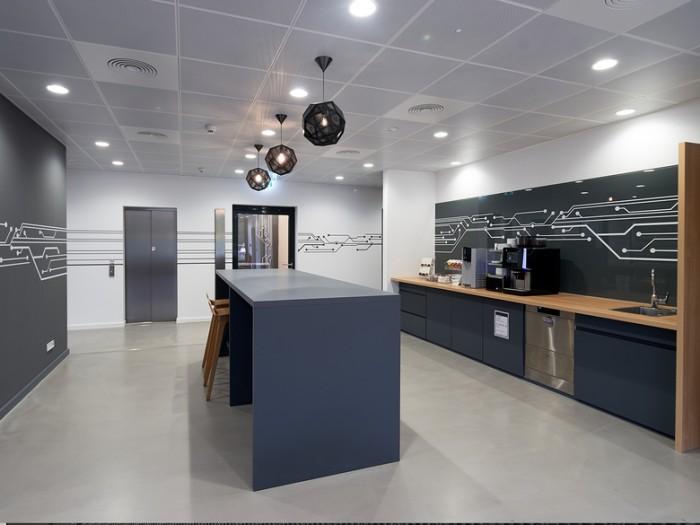 数据储存公司总部办公室设计效果图
