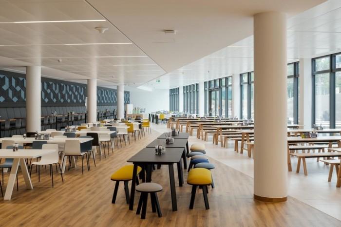 医疗公司总部办公室设计:Fresenius集团总部