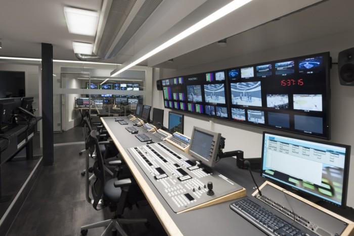 短视频公司电视演播室办公室设计效果图