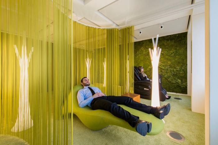 瑞士证券基金公司办公室设计效果图