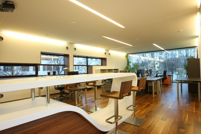 建筑师事务所总部办公室设计:Viereck 公司