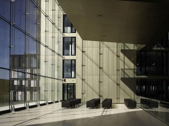 互联网巨头企业总部大厦办公室设计效果图分享