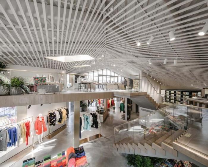 快时尚休闲家居品牌公司总部办公展厅设计效果图