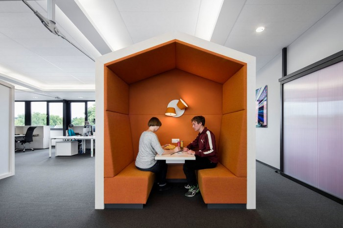 水果饮品连锁公司谷歌风格办公室设计效果图