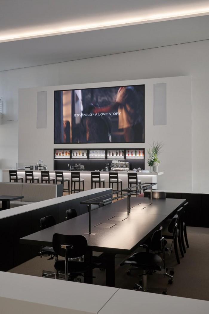 简约风格办公室设计:房产中介公司Engel & Völkers总部